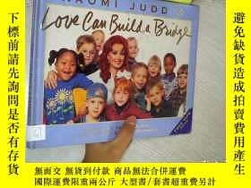 二手書博民逛書店LOVE罕見CAN BUILD A BRIDGE 愛情可以搭建橋