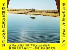二手書博民逛書店walden罕見and other writingsY31474