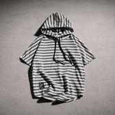 帶帽短袖男原宿風ulzzang潮bf寬鬆韓版條紋連帽衫t恤男款大?t半袖 小巨蛋之家