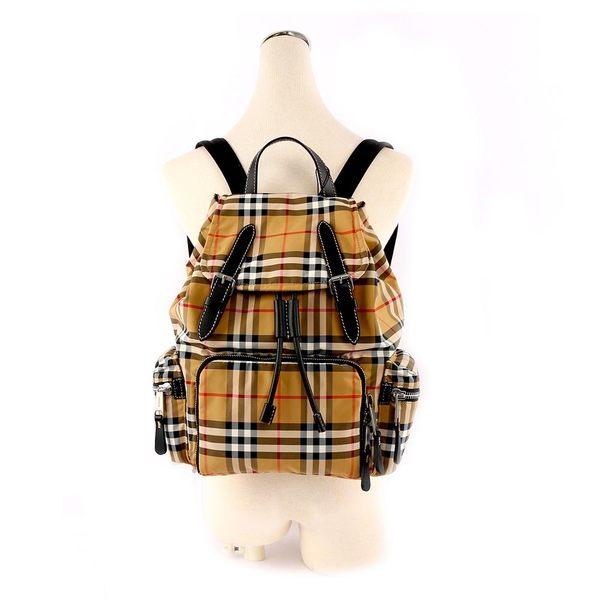 【BURBERRY】The Rucksack Vintage拼皮革中型軍旅背包(駝/黑) 8006724 A2242