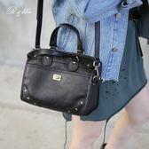 真皮包包-R&BB牛皮多層次質感釘釘包/側背小方包(附可調式真皮背帶)-黑色