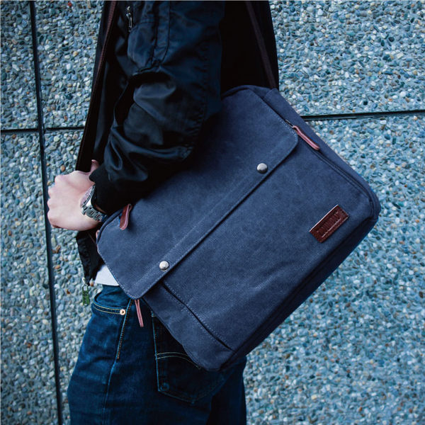 側背包 斜背包 帆布大容量雙排扣磁扣 多收納層電腦包 男包 89.Alley-HB89237
