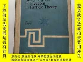 二手書博民逛書店many罕見degrees of freedom in part
