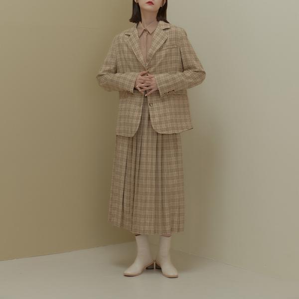 Queen Shop【02030445】質感格紋剪接開衩西裝外套 兩色售*現+預*