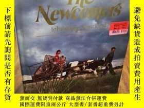 二手書博民逛書店The罕見Newcomers: Inhabiting a new