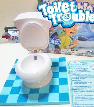【葉子小舖】TOILET TROUBLE瘋狂噴水馬桶桌遊/廁所噴水遊戲/馬桶水箱/惡搞/整人桌遊/整人玩具