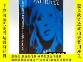 二手書博民逛書店Marianne罕見Faithfull – A Life on Record 瑪麗安·費瑟福—記錄著的生活Y1