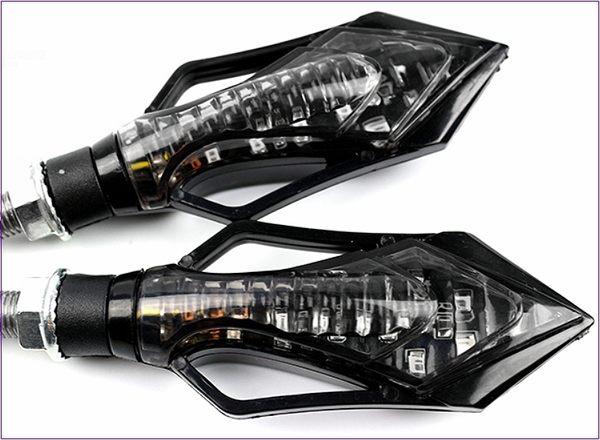 305A038 機車方向燈 大箭頭款 黃光2入 後方向燈組 LED 重車 擋車 機車 電動車 野狼