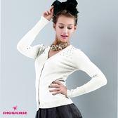 【SHOWCASE】氣質V領珍珠飾薄針織短版罩衫(白)