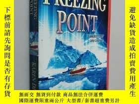 二手書博民逛書店Freezing罕見Point 英文原版Y25446 Karen Dionne Jove Books New
