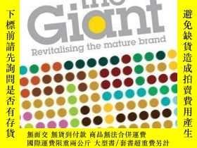 二手書博民逛書店Waking罕見the Giant: Revitalising the Mature BrandY410016