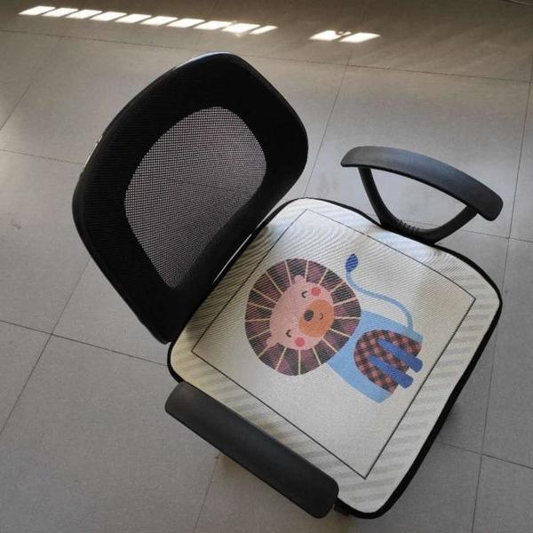 夏季冰絲椅墊辦公室夏天透氣涼墊坐墊椅子家用學生可愛座墊凳子墊