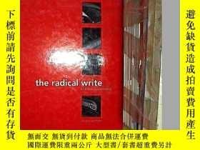 二手書博民逛書店THE罕見RADICAL WRITE 激進的寫作Y203004