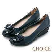 限時特賣-CHOiCE Q軟舒適 鑽釦蝴蝶結牛皮坡跟鞋-深藍
