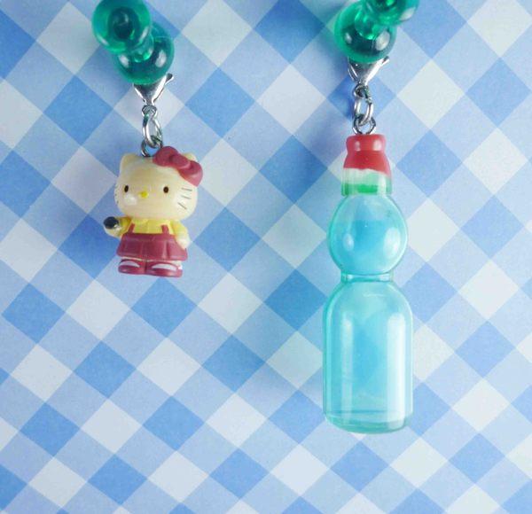 【震撼精品百貨】Hello Kitty 凱蒂貓~KITTY限定版吊飾拉扣-瓶子
