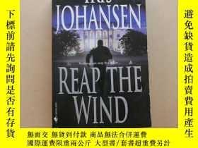 二手書博民逛書店Reap罕見the WindY2931 Iris Johansen Bantam 出版2002