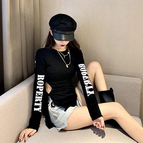 克妹Ke-Mei【AT54763】獨家,自訂款!側摟空綁帶字母印花袖長版T恤上衣