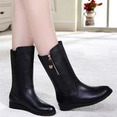 秋冬歐美女鞋中老年短靴平底女靴加絨保暖皮面中筒靴子雪地靴大碼   蘑菇街小屋