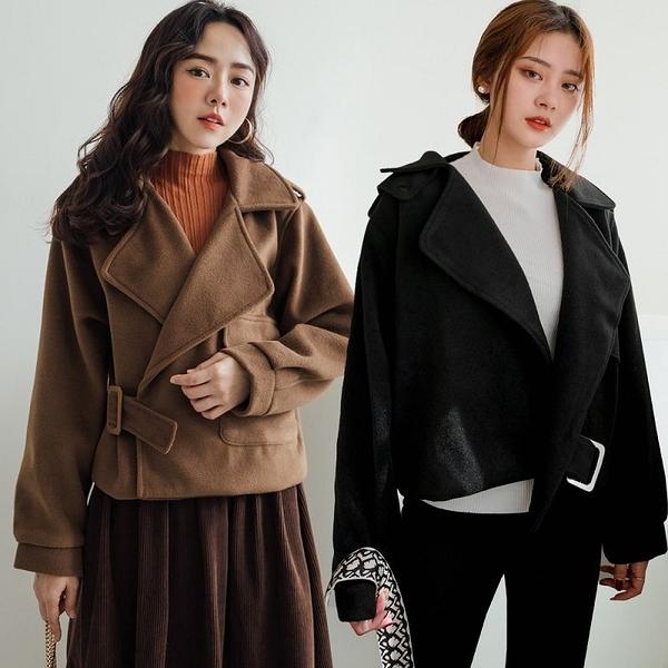 現貨-MIUSTAR 造型方釦單邊大口袋寬版毛料騎士外套(共2色)【NH3235】
