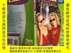 二手書博民逛書店Two罕見of a Kind island girls兩個善良的島上女孩Y200392