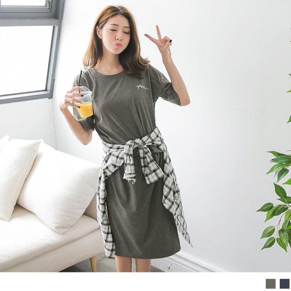 OrangeBear《DA4425》好質感胸前字母印花腰間壓皺下襬開衩連身洋裝.2色--適 XL~5L
