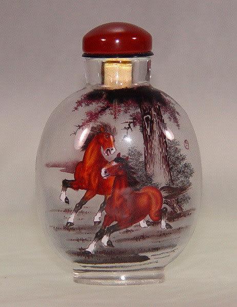 居家開運典藏水晶內畫-鼻煙壺【雙馬會】( 精工內畫、薄胎、瑪瑙蓋)