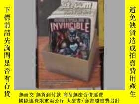二手書博民逛書店英文原版罕見Soon I Will be Invincible