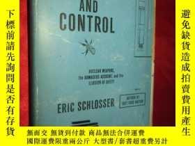 二手書博民逛書店Command罕見and Control: Nuclear We