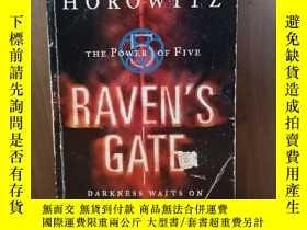 二手書博民逛書店Raven s罕見Gate (Power of Five)Y12