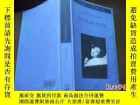 二手書博民逛書店SUITE罕見FRANCESE9740 出版2004