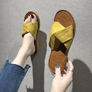 拖鞋女夏外穿2020新款時尚百搭ins潮平底海邊度假沙灘一字涼拖鞋