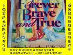 二手書博民逛書店原版英文外文書罕見GirlsForever Brave And