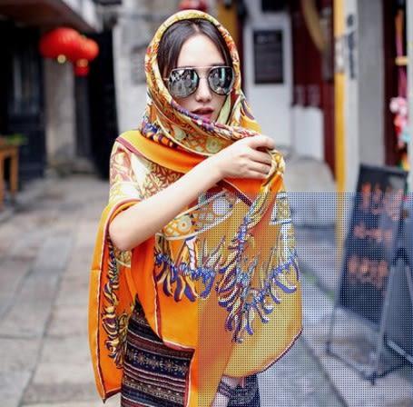[協貿國際]  女士夏季海邊棉麻大方巾防曬大披肩絲巾圍巾 (1入)