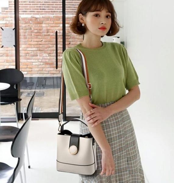 側背包上新小包包女新款韓版百搭大氣手提時尚水桶包女士單肩側背包