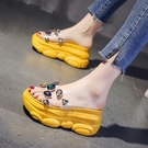 增高拖鞋 新款涼拖鞋女外穿水鑚厚底內增高半拖懶人夏季厚底楔形拖鞋潮-Ballet朵朵
