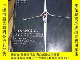 二手書博民逛書店financial罕見accounting a focus on