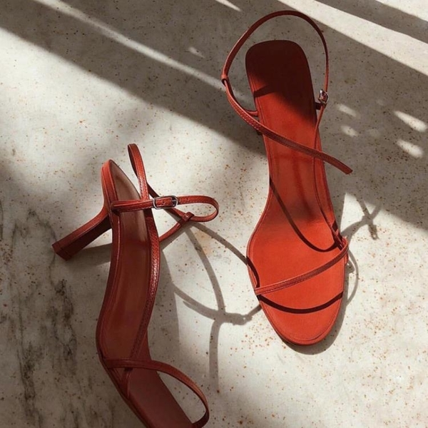 低跟鞋 貓跟細帶法式涼鞋仙女風2021夏新款網紅細跟高跟鞋一字帶小跟女鞋