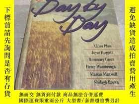 二手書博民逛書店DAY罕見BY DAY(日復一日)(英文)Y200392