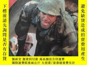 二手書博民逛書店Marines罕見Official Magazine of the Marine Corps(1997Januar