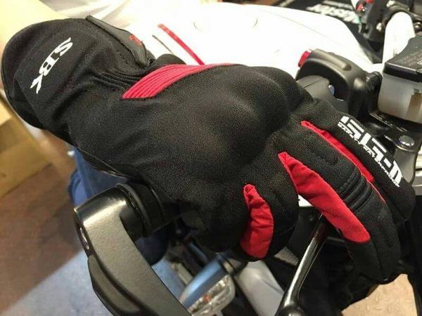 SBK手套,防摔/防水手套,SG-2,黑紅