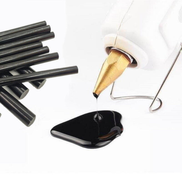 【2220D】熱溶膠條-高粘黑棒 7x270mm 黑色熱熔膠棒 熱熔槍膠棒 手工熱融膠水條 細膠 EZGO商城