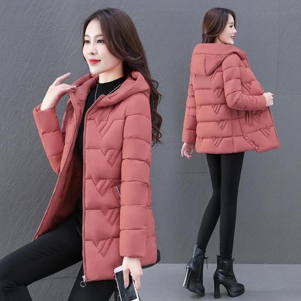 羽絨棉服 棉服女加厚2021冬裝新款中年媽媽羽絨棉衣連帽修身顯瘦中長款棉襖 歐歐