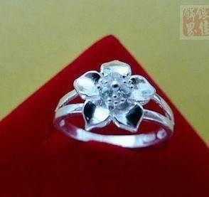 花朵鑲鎬戒指 銀打造佩戴舒適