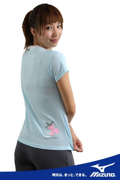 MIZUNO美津濃 SWIM女用輕柔感短袖T恤(粉藍) 抗UV排汗