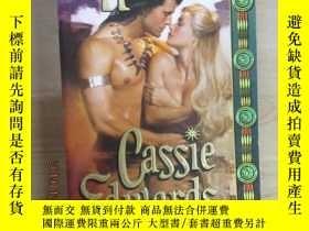 二手書博民逛書店Savage罕見Honor Cassie Edwards 共37