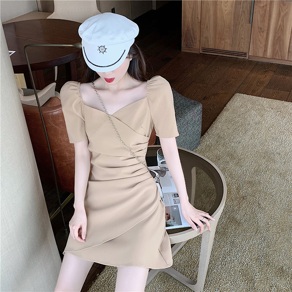 出清388 韓國風氣質修身顯瘦泡泡袖不規則短袖洋裝
