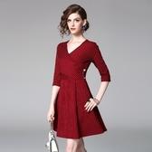 洋裝-中袖V領純色條紋修身女連身裙2色73of72【巴黎精品】