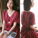 洋裝-高支苧麻復古斜襟紅色V領寬鬆棉麻中長裙/設計家 Q95031
