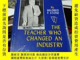 二手書博民逛書店the罕見teacher who changed an indu