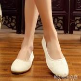 新款中國風女鞋民族風繡花鞋復古漢服舞蹈平底媽媽單鞋 韓小姐的衣櫥